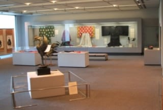 光葉博物館収蔵 授業資料展2009 -宮廷装束を中心として-
