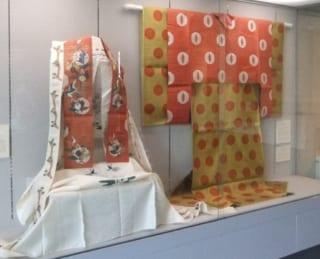 光葉博物館収蔵 授業資料展2011~宮廷装束を中心として~
